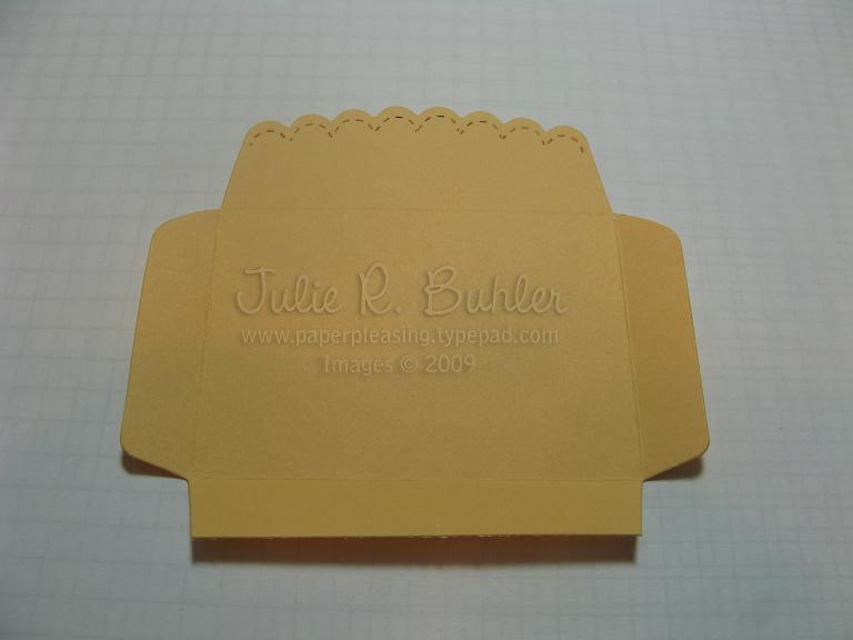 JRB scallop pouch tut07