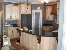 Kitchen_granite_smaller